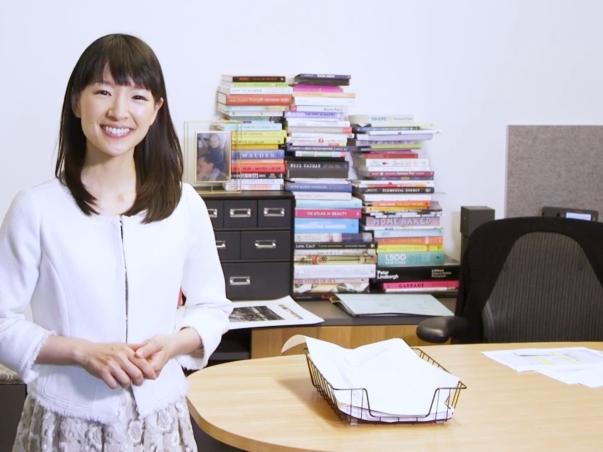 101317-marie-kondo-desk-video-tout